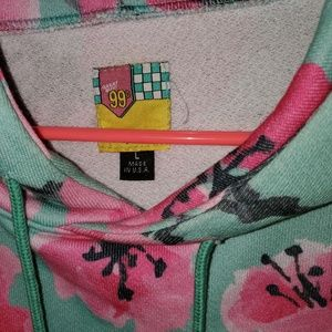 Urban Outfitters Tops - Arizona Iced Tea FLASH SALE Sweatshirt